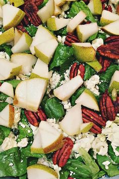 Pear Blue Cheese Sal