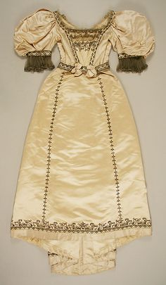 Evening Dress, House of Worth 1895, French, Made of silk