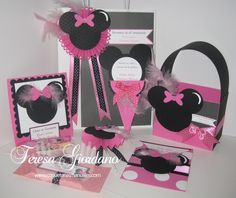 Set de Fiesta con tema de Minnie Mouse.  www.coqueteriasmanuales.com