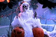 outdoor decorations, halloween decorations, house design, scary halloween, halloween decorating ideas