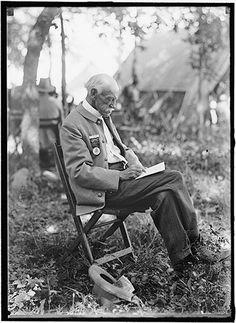 Photographs of the 1913 50th Gettysburg Anniversary