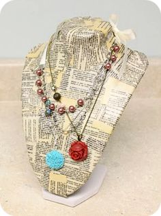 Love this dictionary page jewelry holder!