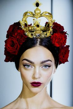 Head band (?) Dolce & Gabbana Spring 2015 Backstage. Photo by Kevin Tachman.