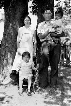 Iroquois (Mohawk) family – 1936