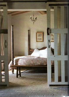 the doors, design homes, design bedroom, bedroom decor, beds, barn doors, master bedrooms, bedroom designs, sliding doors