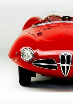 Alfa Romeo - RED ....LARGE PHOTO