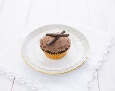 Mint chocolate cupcakes recipe - make these as a dinner party dessert
