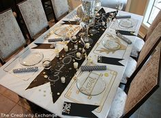 Draw Individual Placemats on Butcher Paper for festive Tablecloth {The Creativity Exchange}