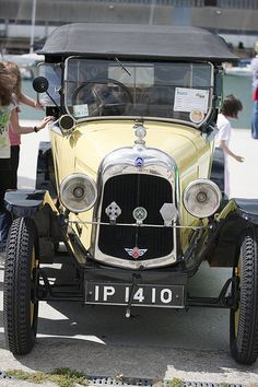 Vintage Cars On Display - Dun Laoghaire #Car