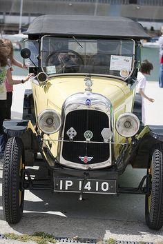 Vintage Cars On Display - Dun Laoghaire #Car