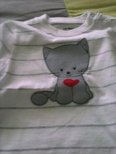 Camiseta/Apliqué by Licencia para coser, via Flickr
