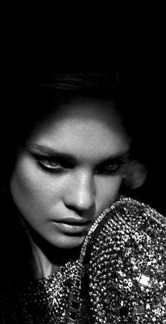 beads | beadwork | glitter | sparkle | nadia | super model | glitter | shine