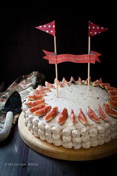 Cute cake topper!