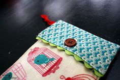 Tutorial: Phone Travel Pouch from Scraps