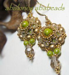 Diseño de Ellad2 confeccionados con druks beads.  Hermosos cristales checos.