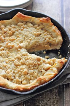 Unbelievable Deep Dish Apple Pizza - like your favorite dessert pizza from a restaurant except 100x better thanks to Brown Sugar Mama!