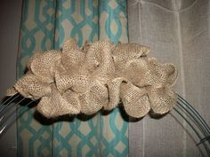 Finally a good tutorial for the burlap using the wire wreath! Want to make one & add a bunch of fall decorations to it for the front door