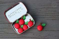 apple magnets in an altoid tin...what a cute teacher gift!