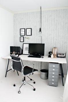 Monochrome office via Stylizimo