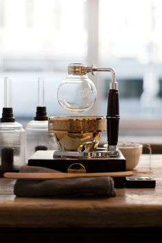 Coffee Maker Going Bad : This Breaking Bad-style coffee maker is perfect for your design lab. Product design Pinterest