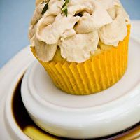 Olive+Oil+Cupcakes+with+Lemon,+Thyme,+and+a+Balsamic+Vinegar+Whipped ...