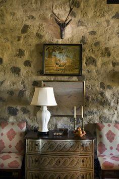 designercathi kincaid, wall textur, interiors, stone wall, kincaid interior, interior designercathi