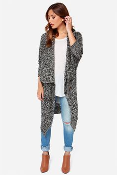 cozy oversized swather with skinny jeans + boots