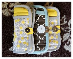 cute idea to organize purse - using potholders