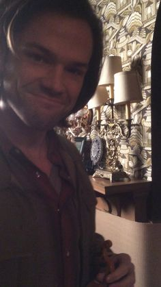"[VIDEO] via Mark Sheppard: ""jarpad plays the cello"" on Vimeo #JaredPadalecki - Hahaha oh my gosh! His gigantic hands and that tiny instrument that he handles so gracefully and he ""yay""s himself at the end...flippin hilarious XD"