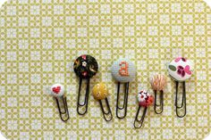 little lovelies: fabric button bookmarks
