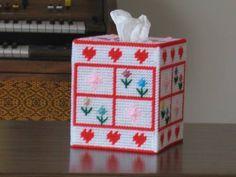canva pattern, canva craft, plastic canvas crafts, tissue boxes, coaster plastic