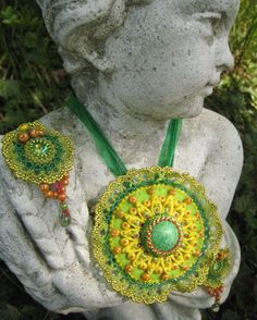Bead Embroidery Pend