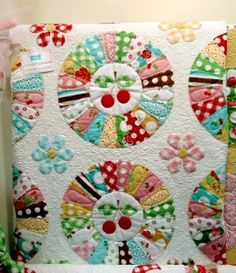 Dresden Plate quilt with cherries