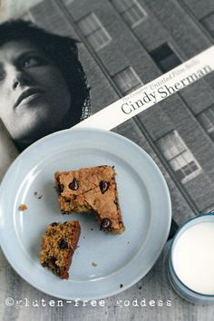 New gluten-free quinoa bars- tasty, like a blondie. Perfect with Cindy Sherman.