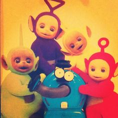 Teletubbies (1997-2001) [365 ep], Wood/Davenport; Kids❤️❤️❤️❤️❤️❤️ You know Niall watched this growing up. No doubt about it xD