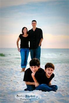 : family beach photos ideas