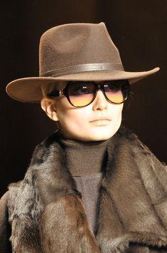 Laura Biagiotti Fall 2011 Details♥✤ | Keep the Glamour | BeStayBeautiful