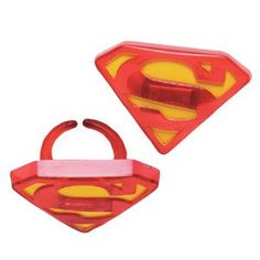 """Superman """"S"""" Shield Party Cupcake Rings 12 Pack: Amazon.com- use these to decorate cupcakes or put them in the goody bags!"""