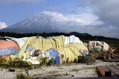 An abandoned amusement park is eerie in itself and the effect is magnified when a large figure of Gulliver is involved. Gulliver's Kingdom, located in Japan, could not attract enough popular interest, shut in 2001 and was torn down just 6 years later.
