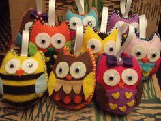 The Amazing Owl Felt Ornament.via Etsy.