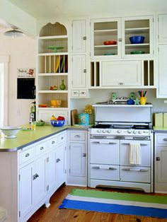 House Revivals: Kitchens with Vintage Stoves