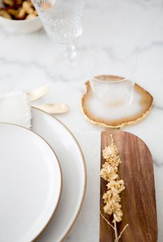 TABLETOP STYLING WITH @Matt Valk Chuah Hostess Haven via A House in the Hills