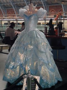 galinda costume, dresses, glinda bubble dress, broadway costumes, gown, bubbl dress, design idea, dress designs, musical theatre costumes