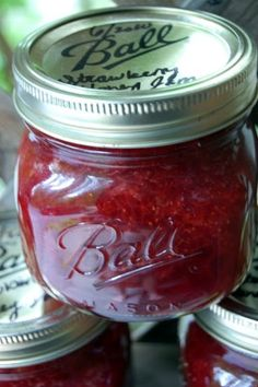 Home Canning: Strawberry Honey Preserves #canning