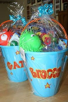cheap gift, gift bucket, kid gifts, gift ideas, easi gift, expens kid, holiday gifts, summer birthday, birthday gifts