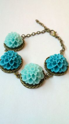 Turquoise, so cool colors!