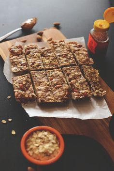 Healthy Easy Granola Bars | JUST FIVE INGREDIENTS - add coconut flakes, dried cranberries, flax seed, sea salt. Use natural crunchy peanut butter