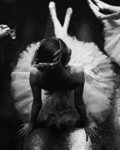 omg it is a beautiful tutu. Love it so much. I dabced in a tutu to, but not in such a beautiful one like this. I'm in love!!!<3