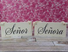 Unique Wedding Signs Señor & Señora Wedding by OurHobbyToYourHome