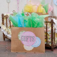 The Best Baby Shower Gift I Got Was...Fave bloggers share their favorite baby shower gifts.